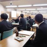 山口義行先生を招いての講演がありました。